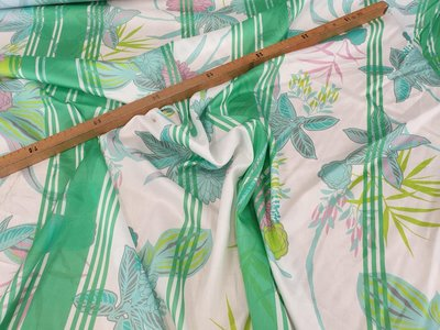 Green stripes with flowers